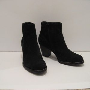 Paul Green Black Suede Booties Size 7 Excellent
